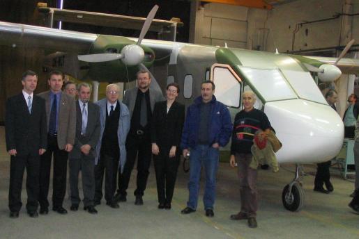 Raven II development team by roll-in 2005/12